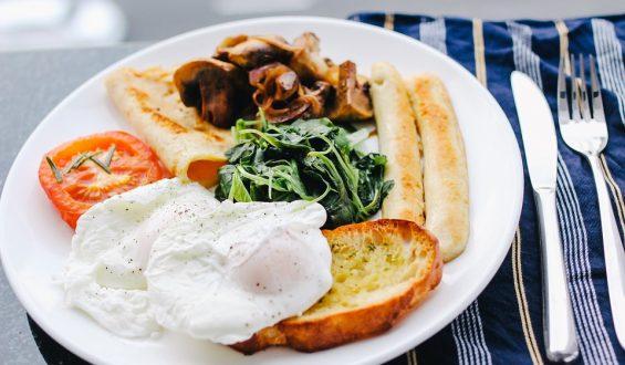 5 sposobów na szybkie śniadanie