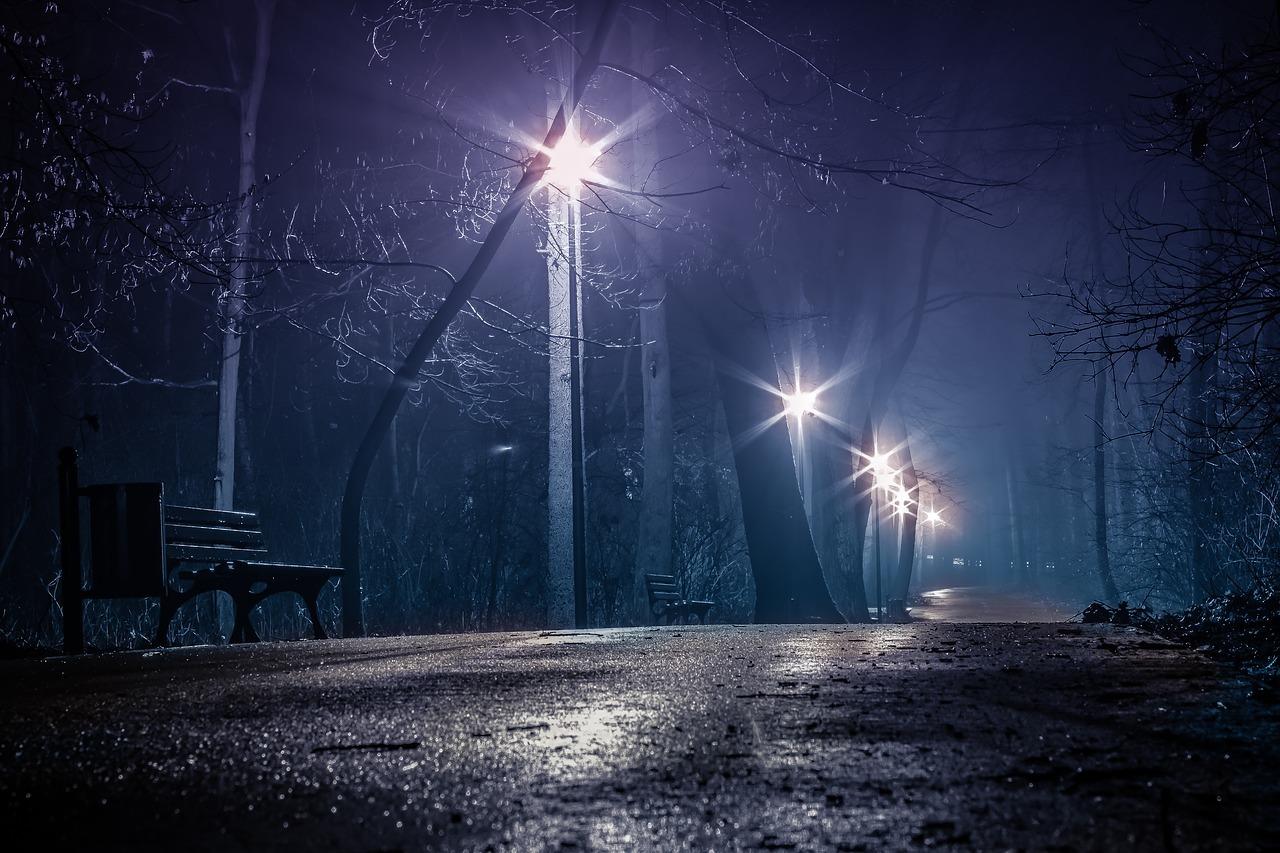 Jak oszczędzać energię przy zastosowaniu oświetlenia ulicznego podczas pandemii