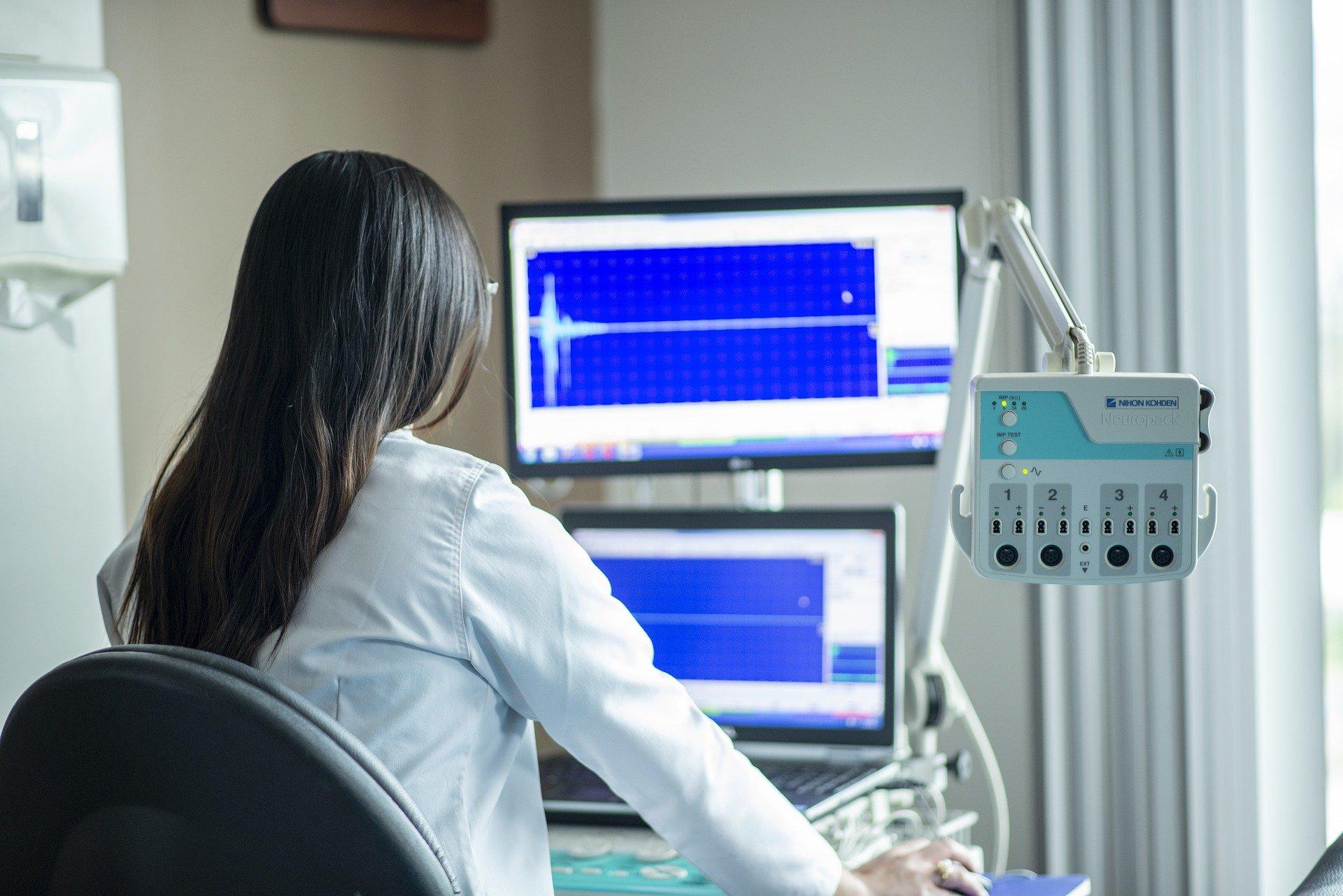 Co to jest aparatura medyczna? Do czego służy i jakie jest jej zastosowanie?